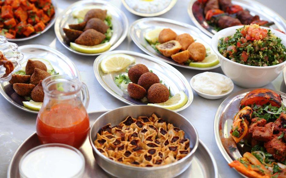 Batchig dbayeh eat sobeirut for Armenian cuisine aline kamakian
